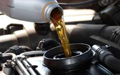 Перелил масло в двигатель